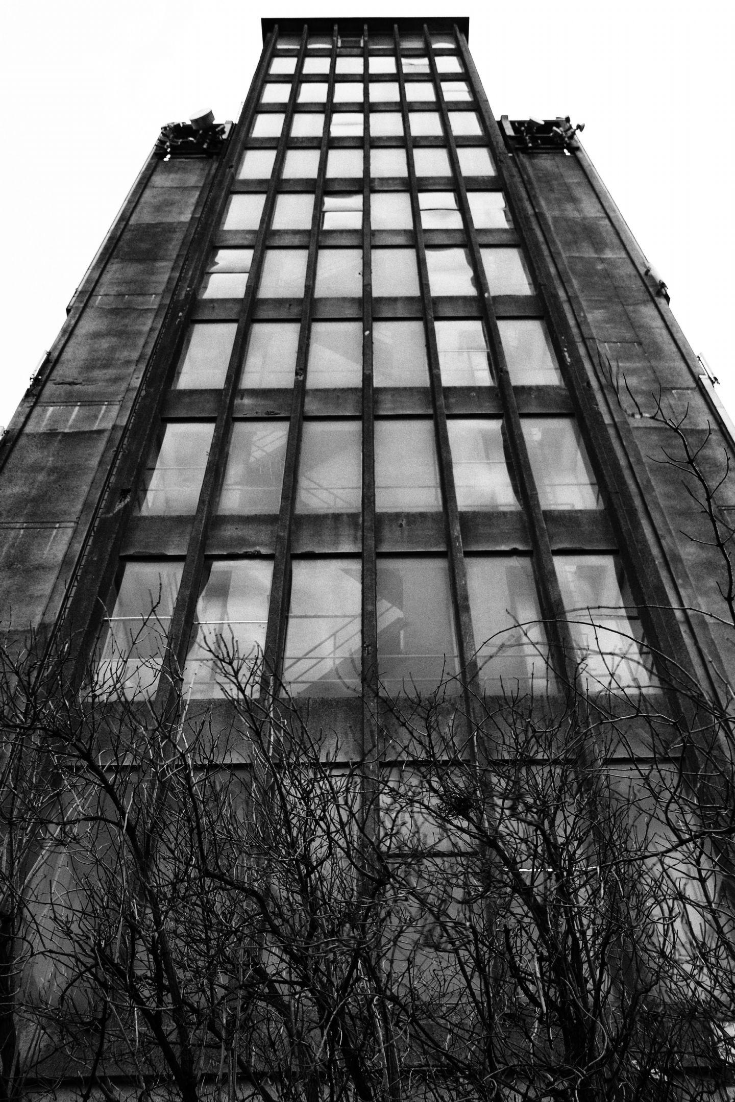 De grijze silo   deventer